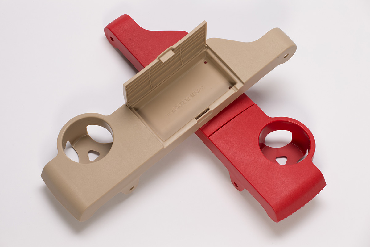 7617-injection-molding